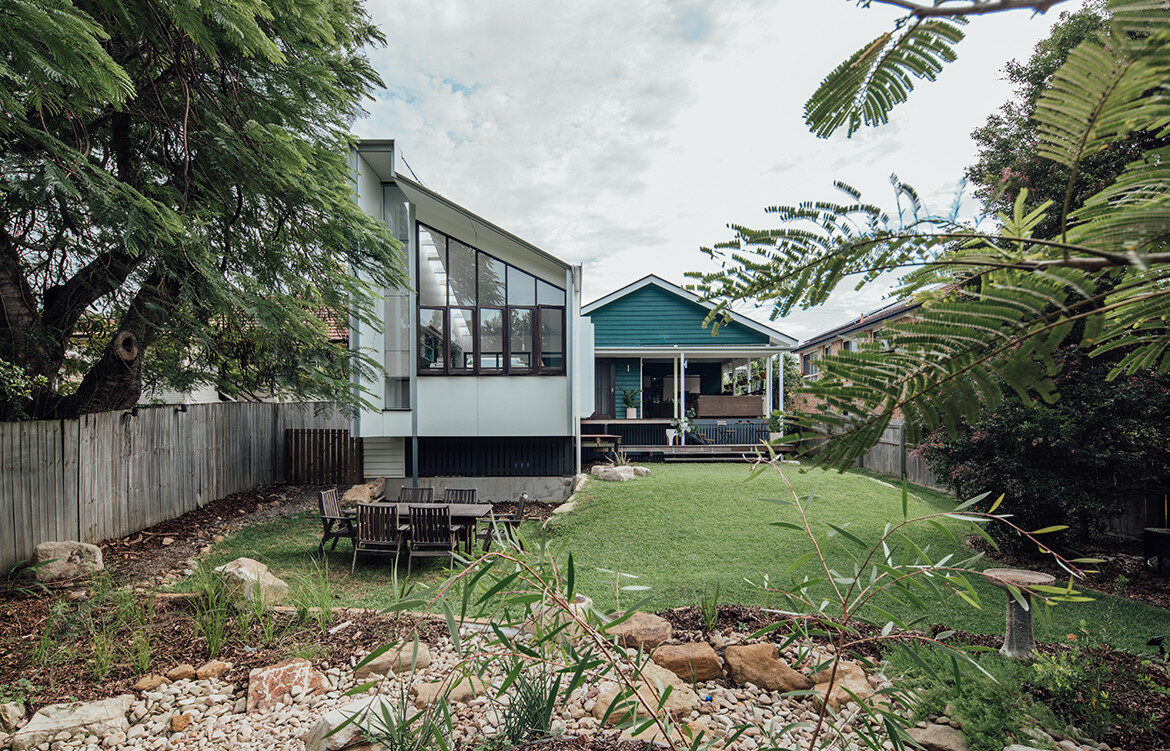 Yeronga House Tim Bennetton Architects CC Shantanu Starick backyard extension
