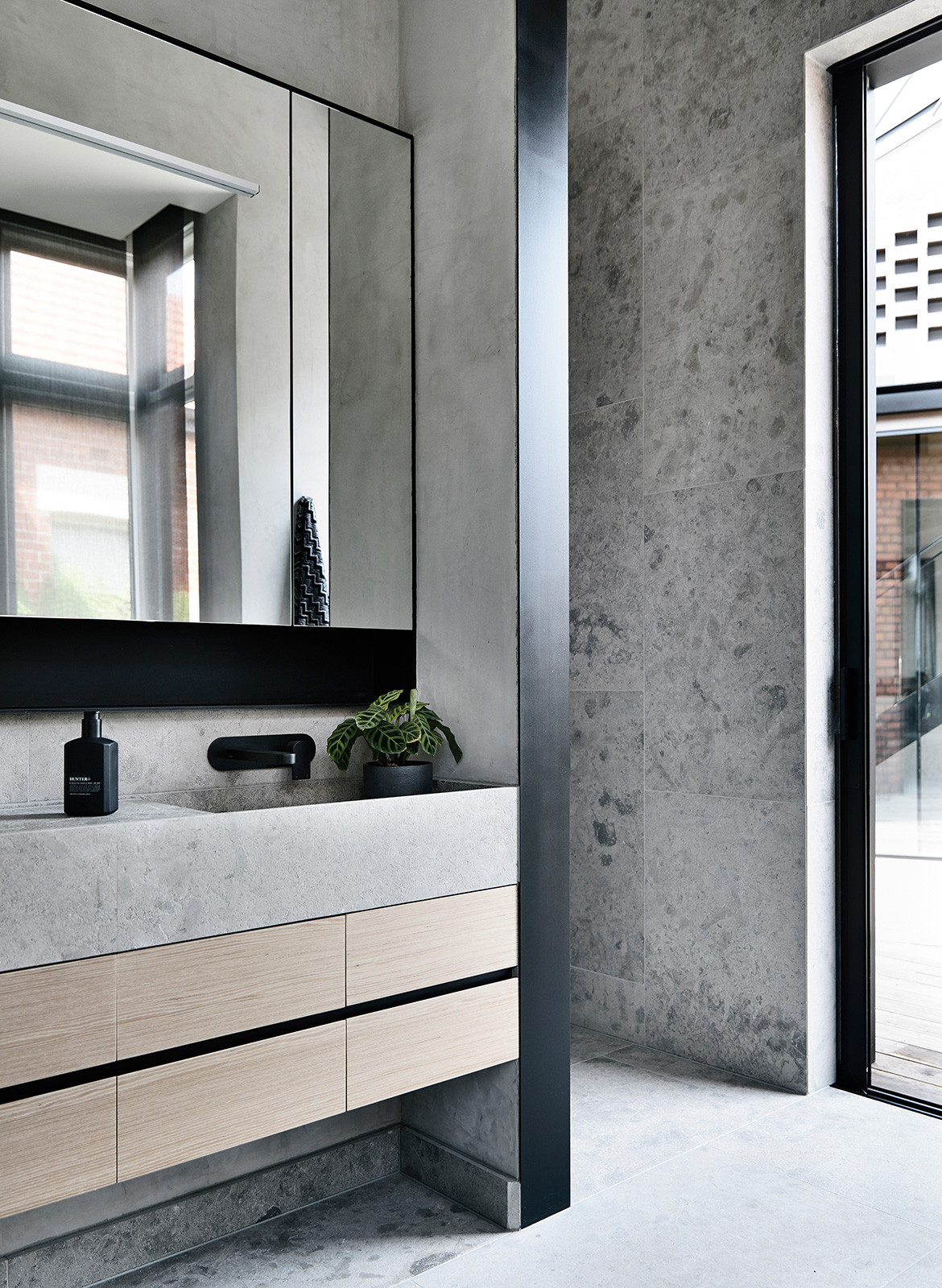 York Street Jackson Clements Burrows Architects CC Derek Swalwell bathroom