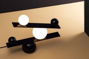 Balance Lamp 1