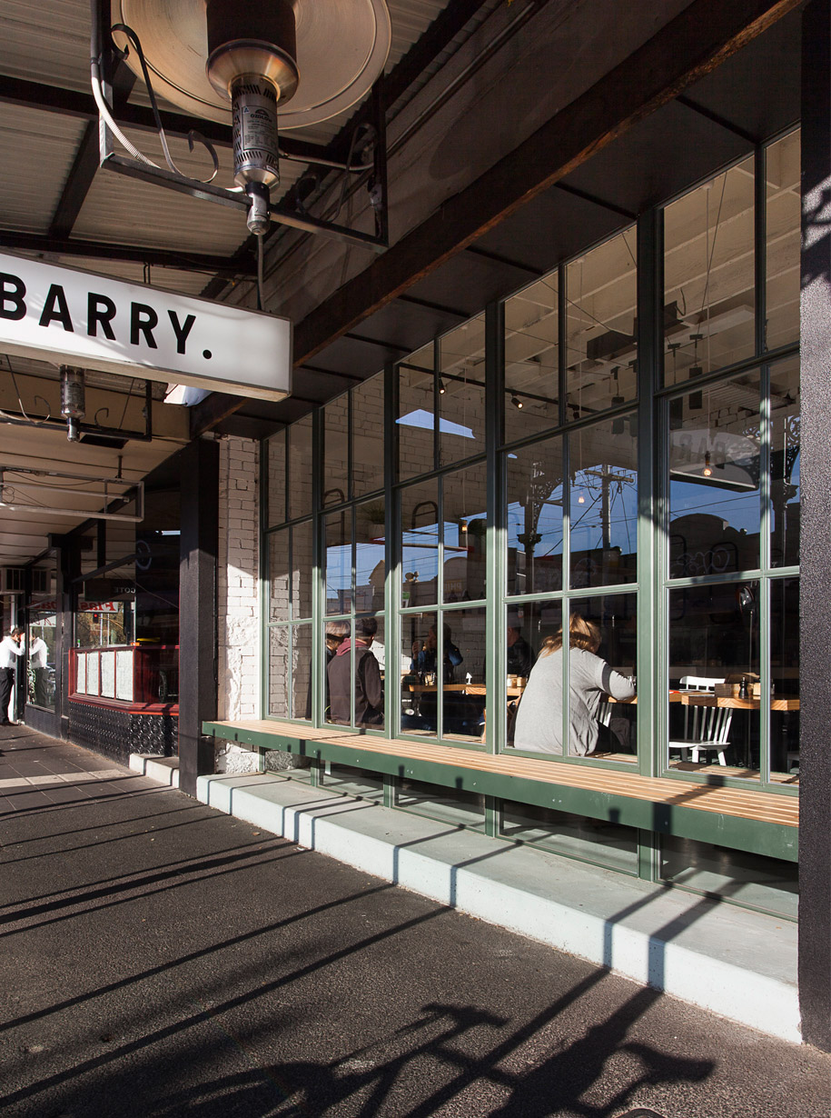 barry_cafe_3
