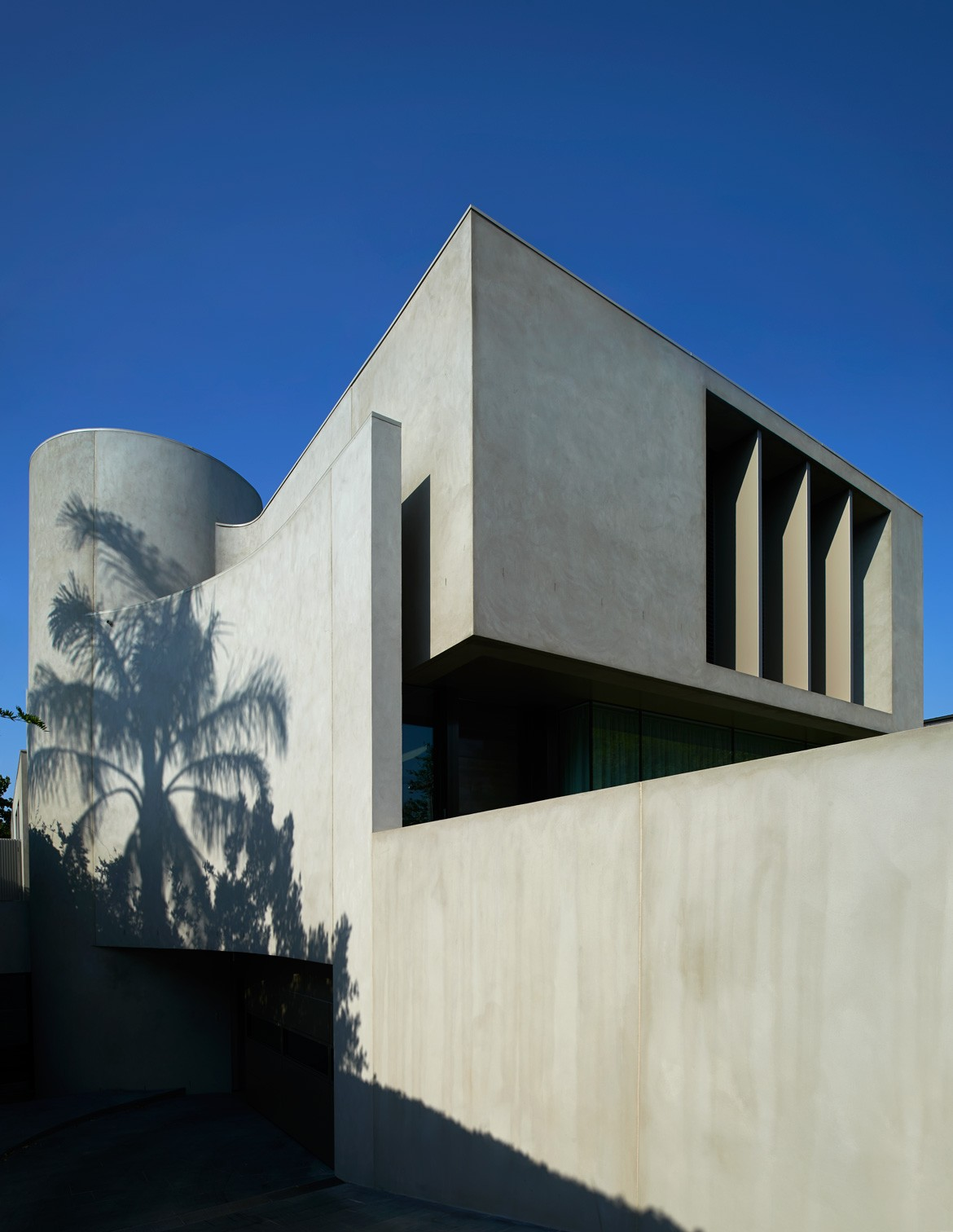 Brighton Residence Photography by Earl Carter Facade