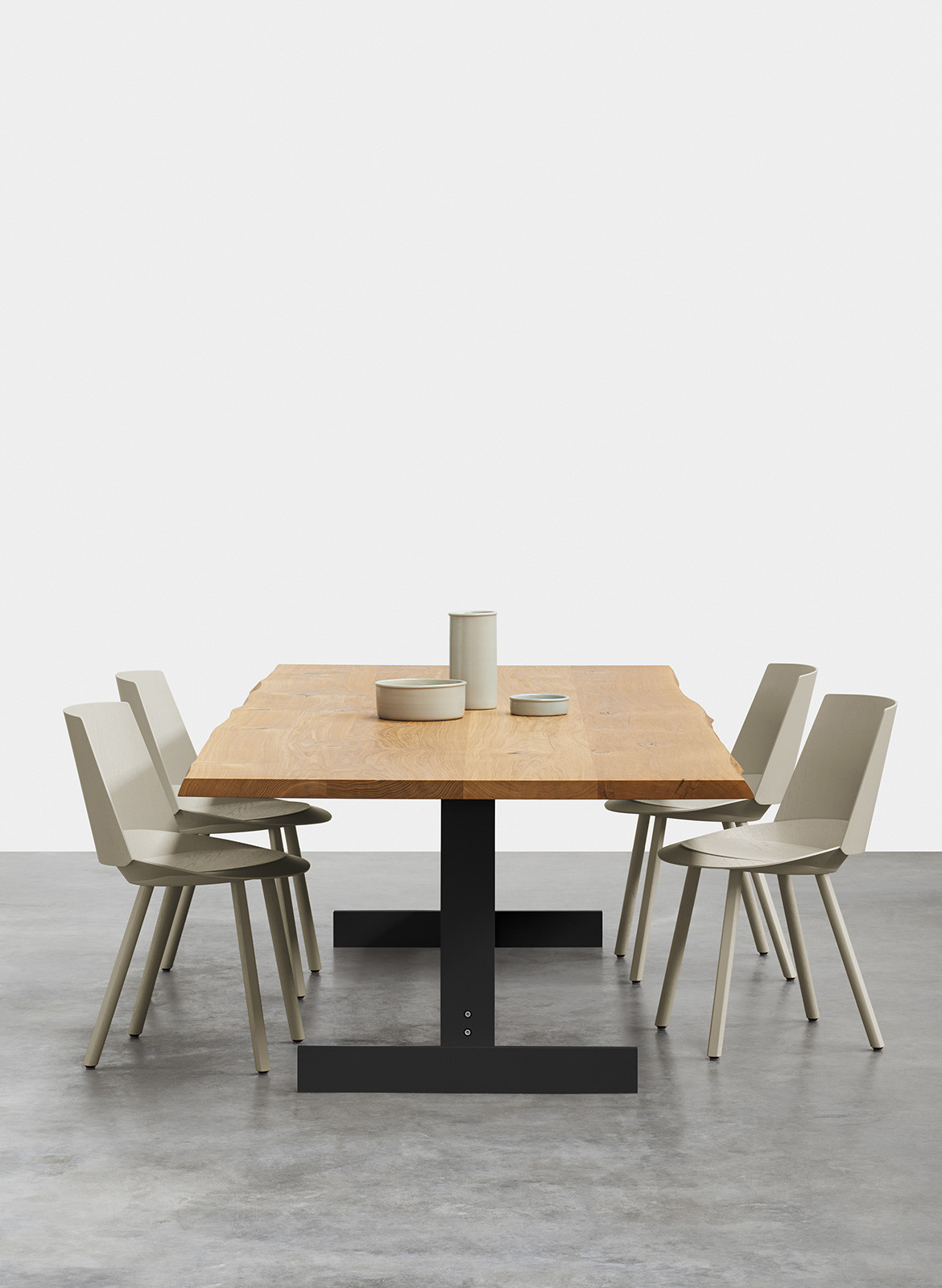 e15 Living Edge Philipp Mainzer kazimir table oak raw flexible dining table