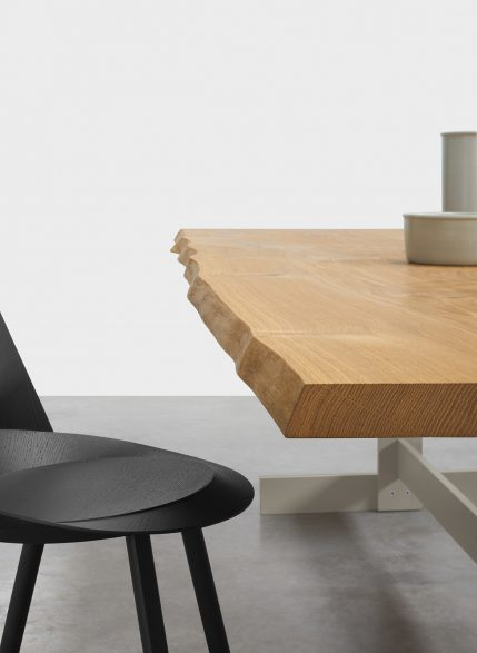 e15 Living Edge Philipp Mainzer kazimir table edge raw oak