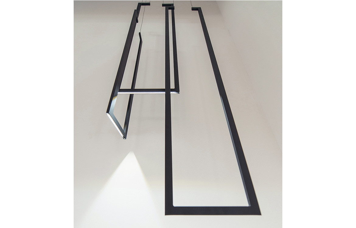 Espo Lighting Frame V Black