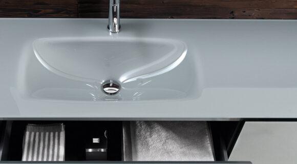 Falper Edge cabinet and integrated basin