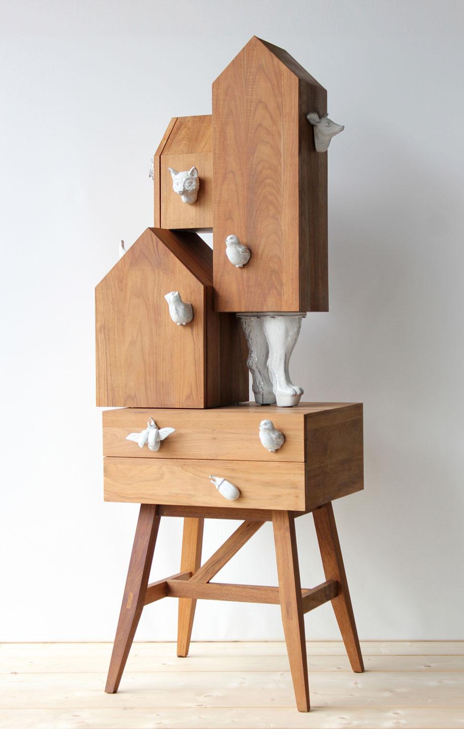 habitat-I-shelve-by-Ateliertwoplus