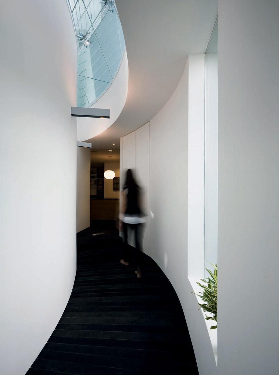 jervois_hill_house_hallway
