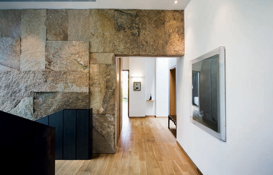 jervois_hill_house_sandstone_wall