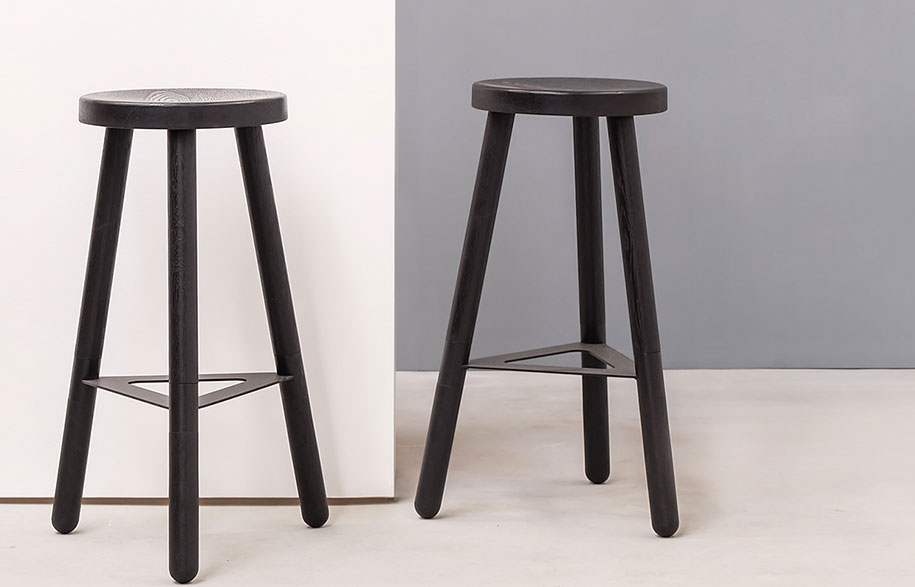 kin_black-bar-stool-styled