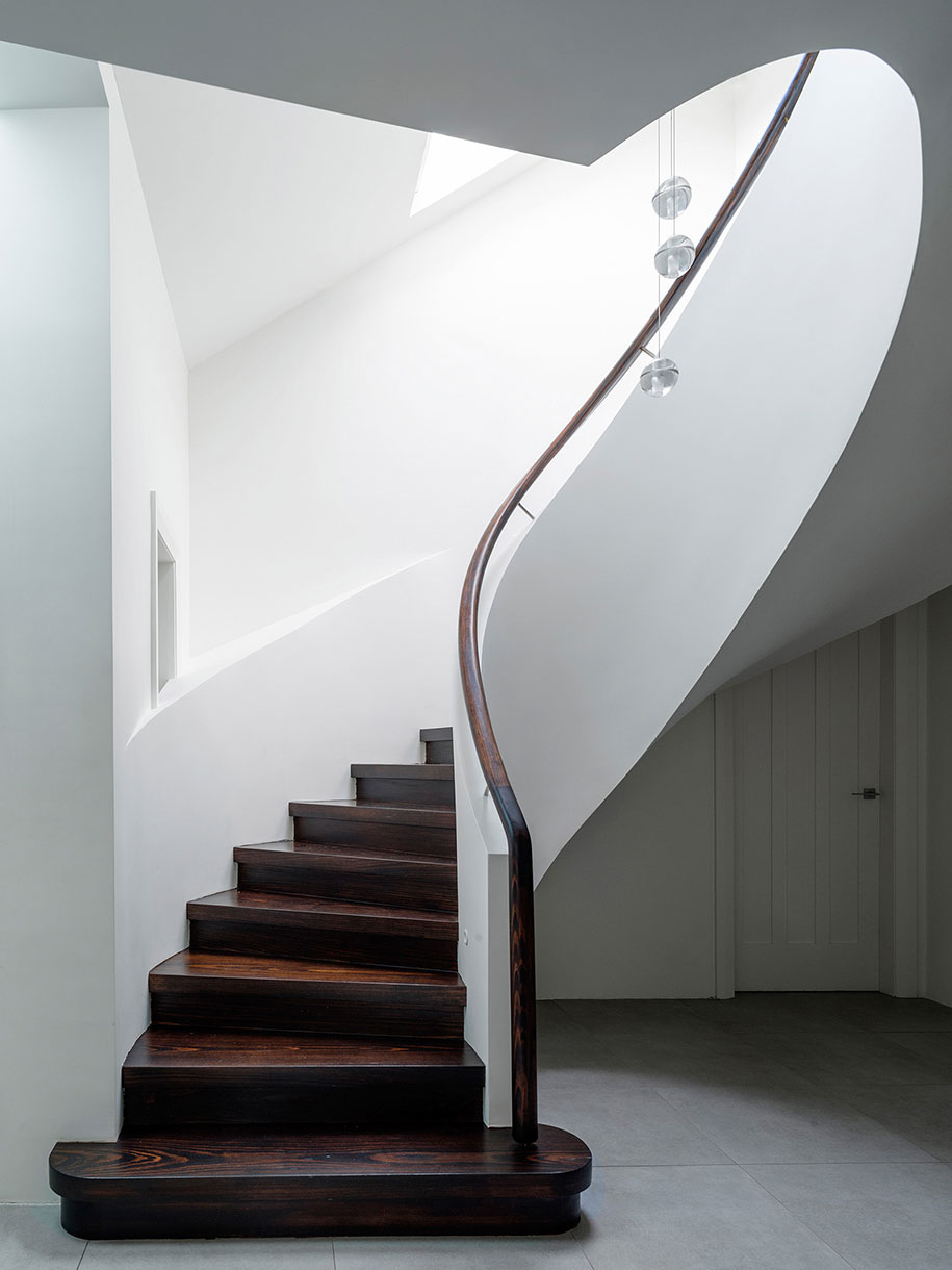 luigi-rosselli-architects---duplex-in-the-city---006