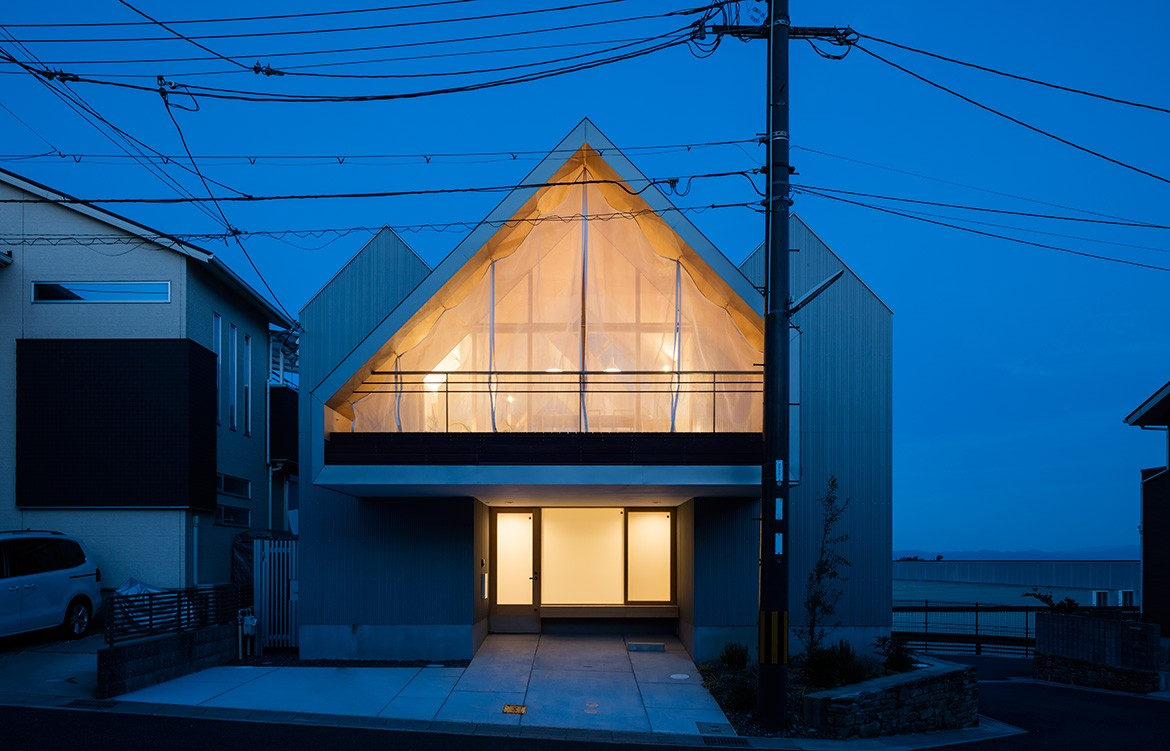Newtown House Photography by Yohei Sakura Facade