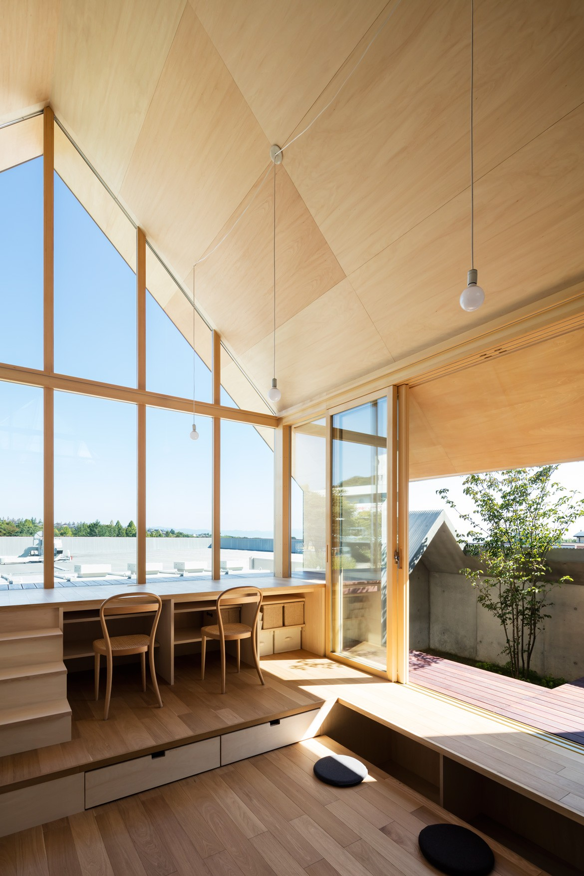 Newtown House Photography by Yohei Sakura Windows
