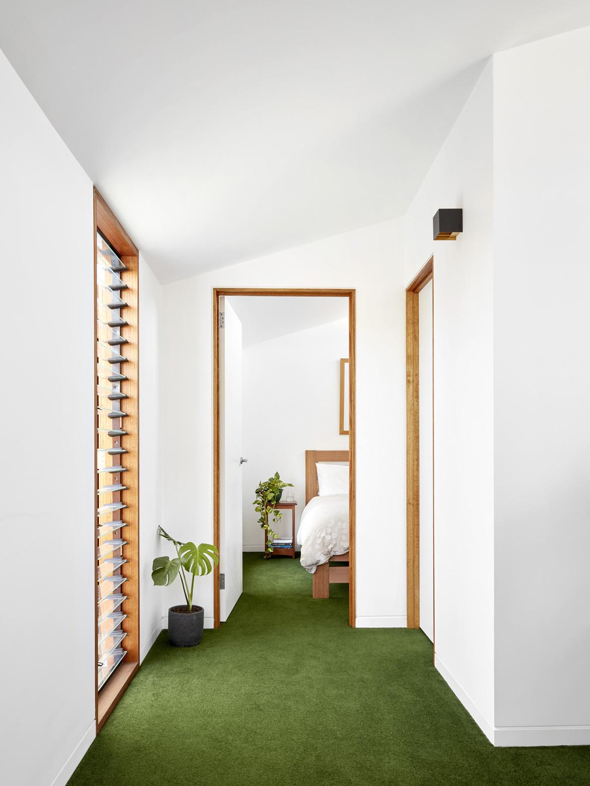 Studio House Zen Bridge St Hallway