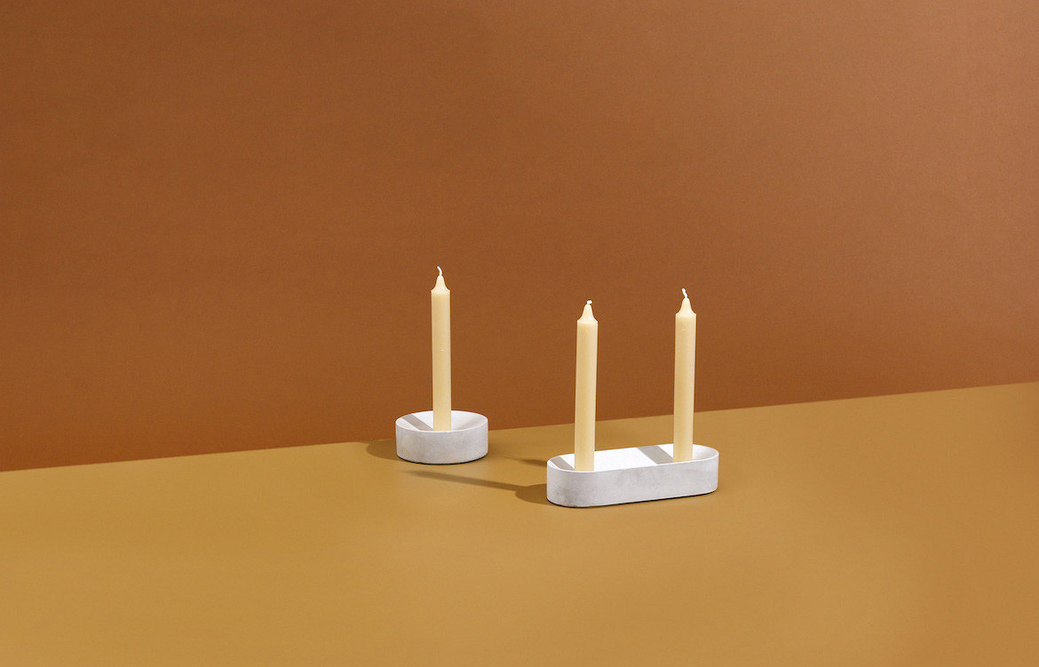 Pour Candle Holder White